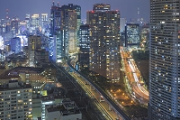 Japan, Kanto, Tokyo, Minato, Shinbashi district by night, Photo by Maurizio Rellini/SIME