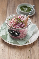 Red radish salad with chives (post fasting)