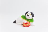 相良土人形毬抱き犬