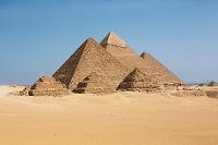 エジプト 三大ピラミッド全景