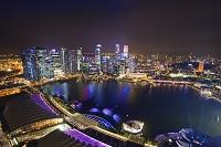 シンガポール マリーナ・ベイ・サンズ「Wonder Full」光と水の...