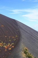 静岡県 富士山 宝永第二火口壁より見る宝永山の稜線