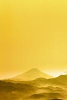山梨県 櫛形山林道から見る富士山と山並み