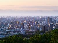 北海道 朝陽に輝く街
