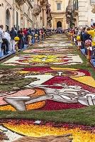 イタリア シチリア島 ヴァルディノート 花絨毯(インフィオラ...