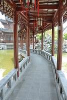 上海 豫園 仰山堂への渡り回廊