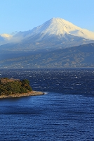 静岡県 朝の富士山と大瀬崎