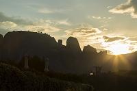 ギリシャ 朝のメテオラの奇岩
