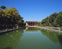 イラン 四十柱宮殿