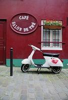 フランスの街角 オートバイ