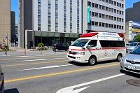 出動する高規格救急車(EMTユニット) 大分市