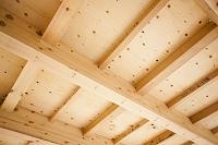 建築中の木造一戸建て