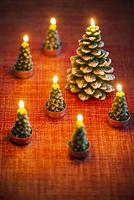 クリスマスツリーのキャンドル
