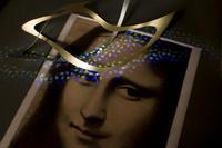 モナリザデッサンとメビウスの輪状の帯と光の天