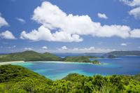 沖縄県 高月山展望台より安護の浦を望む