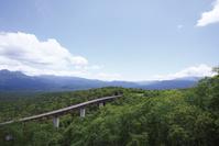 北海道 三国峠展望台付近より望む松見大橋