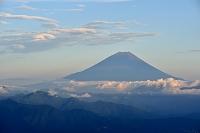 山梨県 櫛形林道より富士山