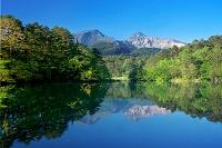 福島県 新緑の裏磐梯 毘沙門沼(五色沼)