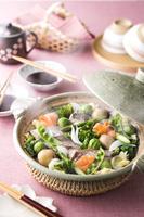 春野菜と鯛の蒸し鍋