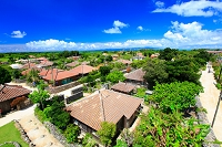 沖縄県 竹富島 赤瓦の集落