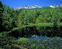 長野県 牛留池と乗鞍岳