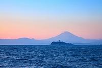 神奈川県 逗子アリーナより富士山夕景