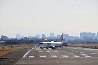 大阪国際空港 J-AIR JAL 着陸