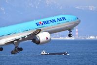 中部国際空港 セントレア 大韓航空 B777-300ER
