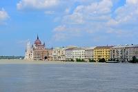ハンガリー ブダペスト ドナウ川と街並み