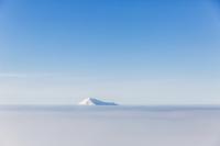 雪山と雲海と青空