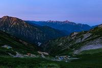 唐松岳頂上山荘から見る剱岳