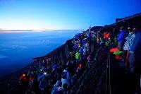 山梨県 富士登山 頂上