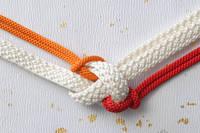 紅白の組み紐