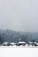 秋田県 雪降りと家