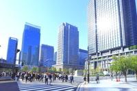 東京都 丸の内の出勤風景
