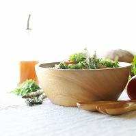 有機野菜を使ったサラダ