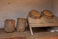 アフリカ ビシアセ神殿 楽器