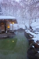 秋田県 冬の蟹場温泉