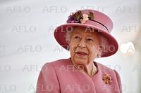 英女王が7カ月ぶり外出公務