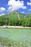長野県 梓川と焼岳