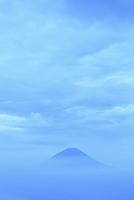 山梨県 櫛形山林道 夜明けの富士山