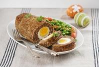 イースターの料理 卵のミートローフ