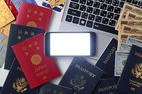 パスポートと海外旅行イメージ