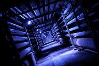 和歌山県 工場のトンネルの夜景