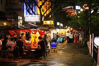 福岡県 夜の中洲の屋台