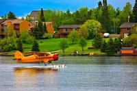 カナダ レッド湖 タキシングする水上機
