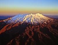 ニュージーランド ルアペフ山