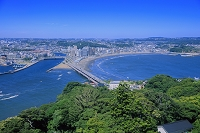 神奈川県 江の島展望灯台より片瀬東浜海水浴場