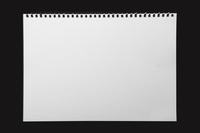 スケッチブックの紙