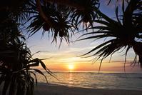 鹿児島県 徳之島町 徳之島 畦プリンスビーチの朝日
